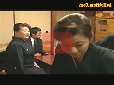 ★出演女優:渋谷あかね☆染島貢★金物屋に婿に入ったが嫁が亡くなり義理の母と特別な関わりになってエッチ